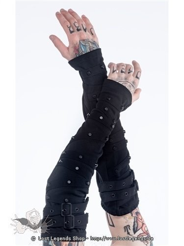 Armstulpen mit Schnallen und schwarzen Nieten
