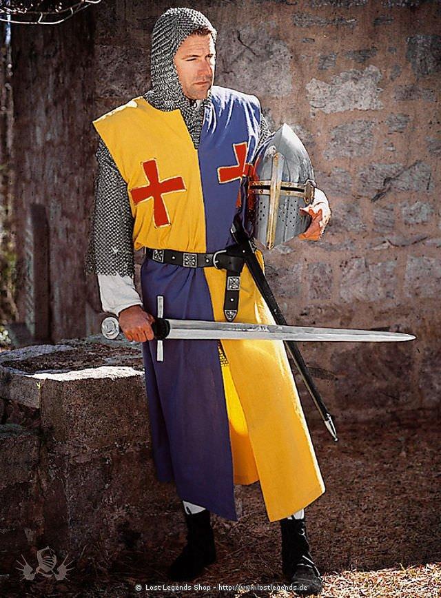 Blau-Gelber Wappenrock mit roten Kreuzen