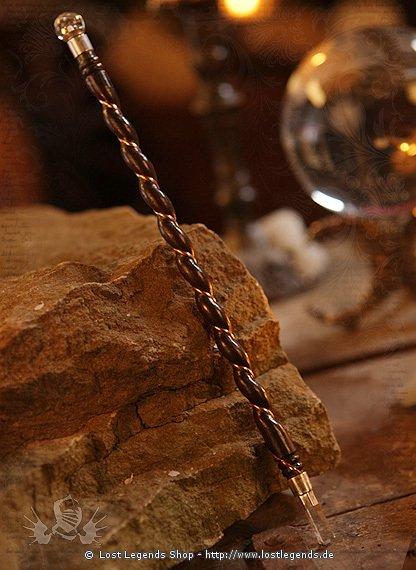 Feiner Zauberstab Holz mit Bergkristall