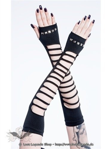 Fingerlose Handschuhe mit Pyramidennieten und Schlitzen