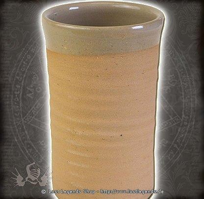 Hochmittelalterlicher Trinkbecher aus Ton, 0,5 Liter