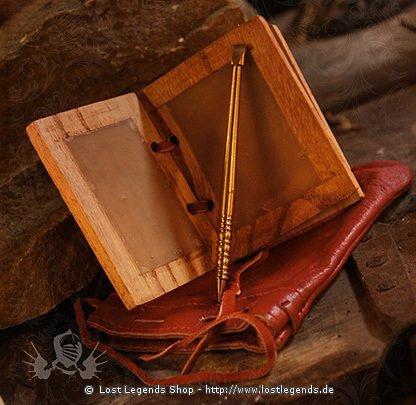 Holz-Wachsbuch mit Lederbeutel