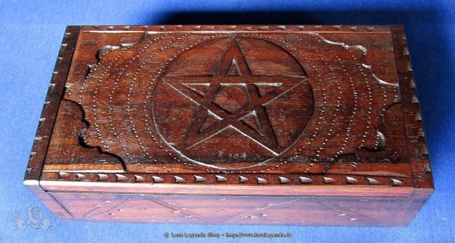 Kästchen mit Pentagramm groß