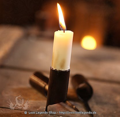 Kerzenhalter mit Nagel