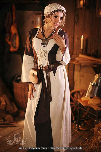 Magdalen Mittelalterkleidung