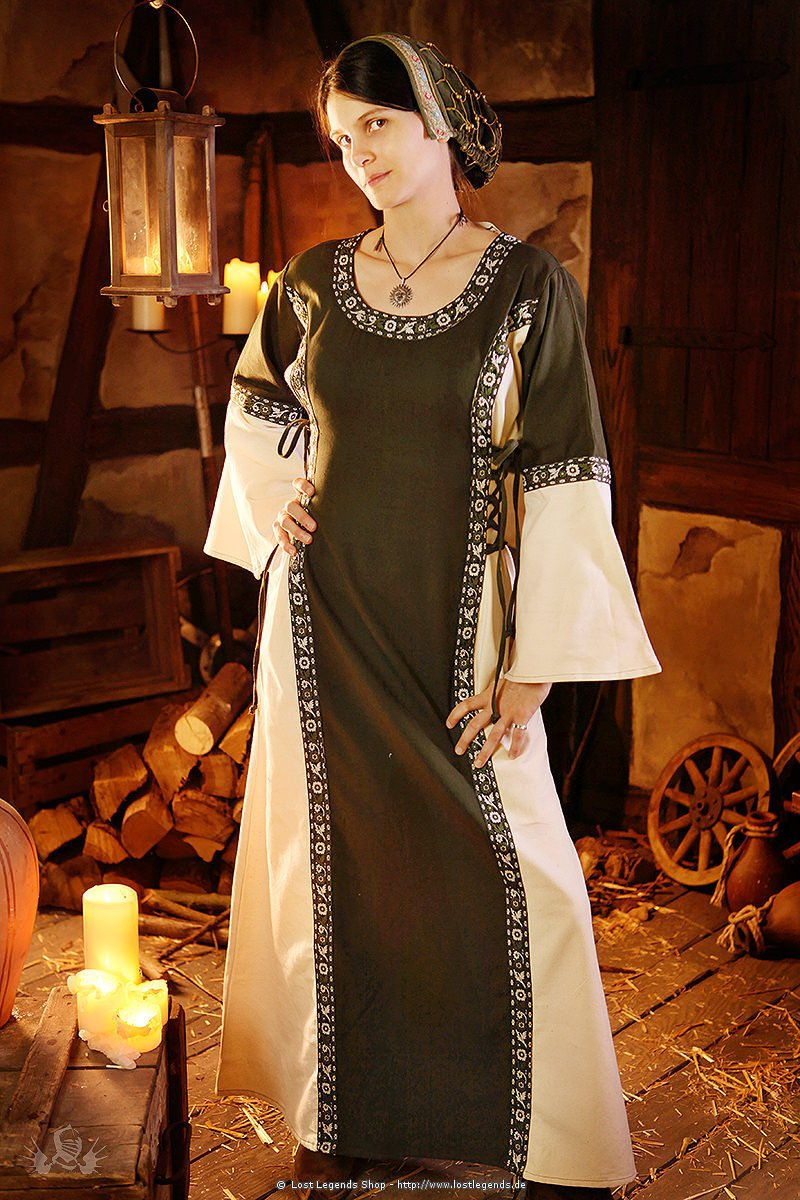 Medieval Dress Elizabeth with Lacing