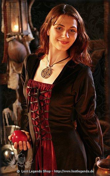 Medieval-Dress Serena