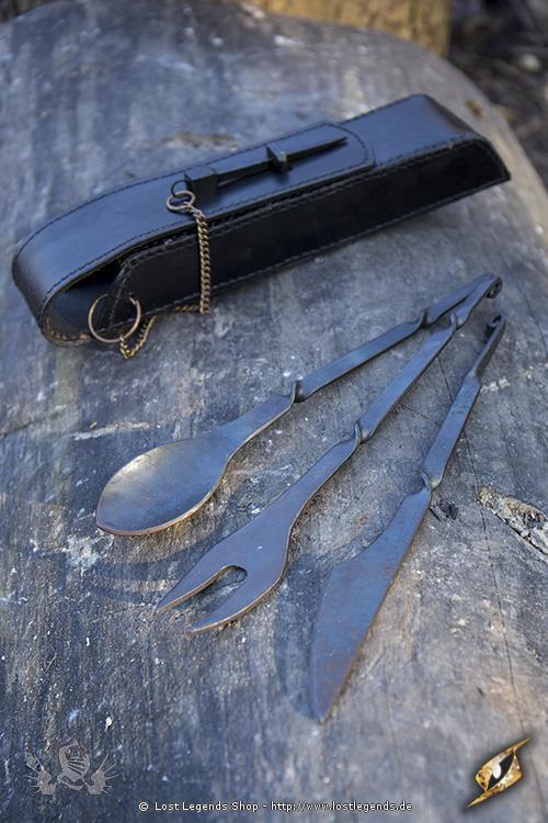 Mittelalterliches Besteck mit Lederhalter