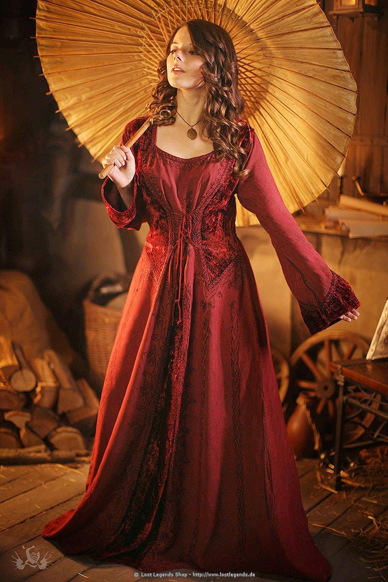 Medieval oriental dress  Danielle