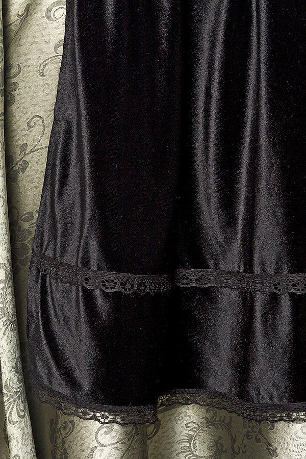 Premium Dirndl aus edlem Jacquard Stoff grün/schwarz