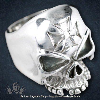 Ring Totenkopf mit Templerkreuz Silber
