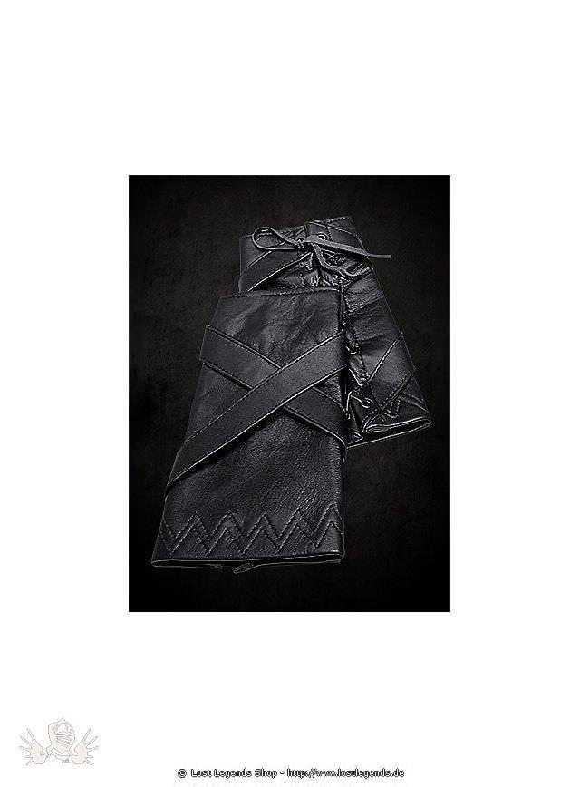 Schwarze Lederarmschienen mit Kreuzriemen