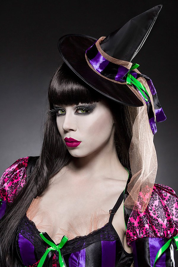 Sexy Witch Komplettset schwarz/lila