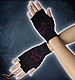 fingerlose Handschuhe  mit roter Fledermaus