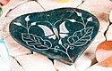 Räucherhalter Herz mit Schmetterlingsmotiv